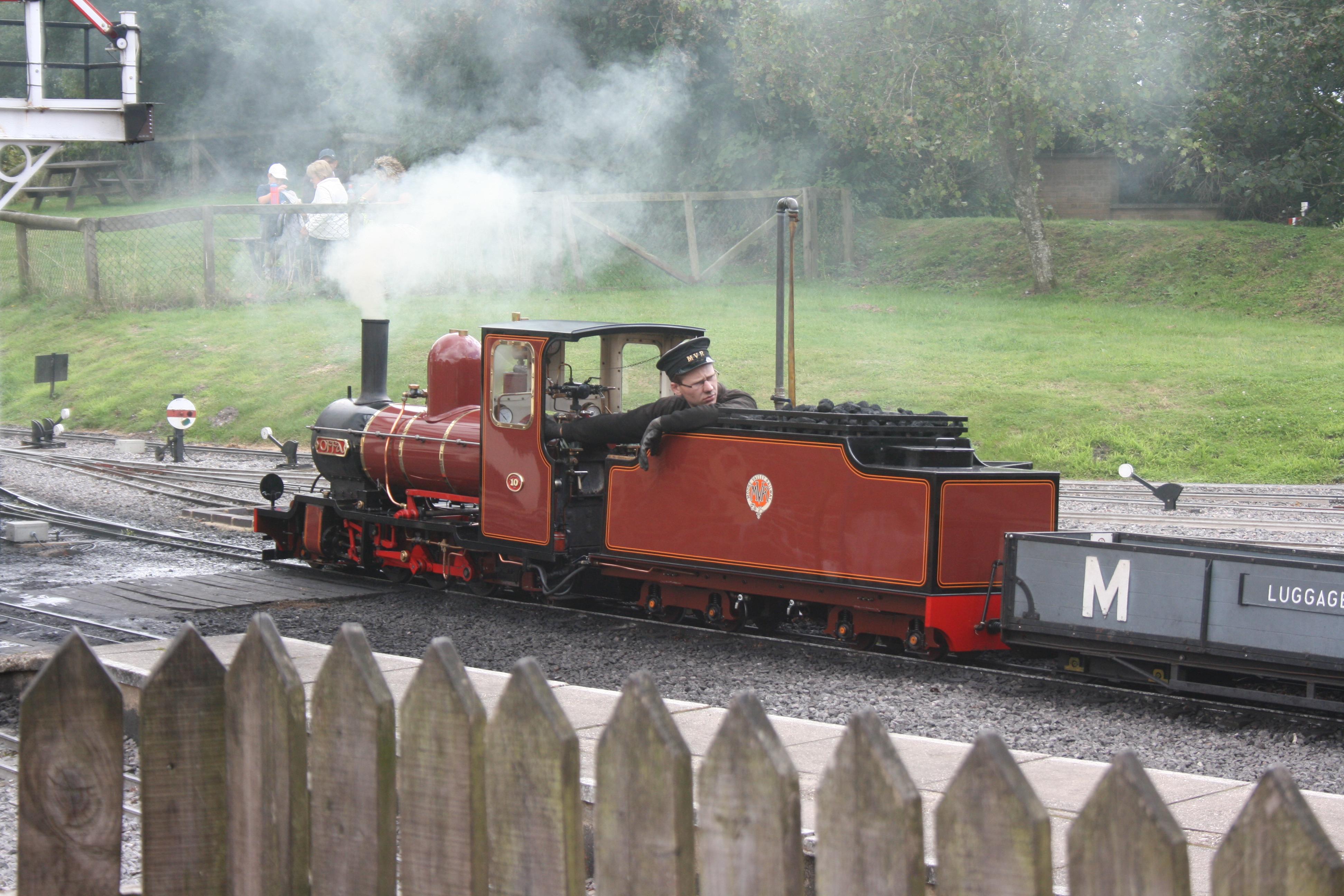 mini steam railway at moors valley