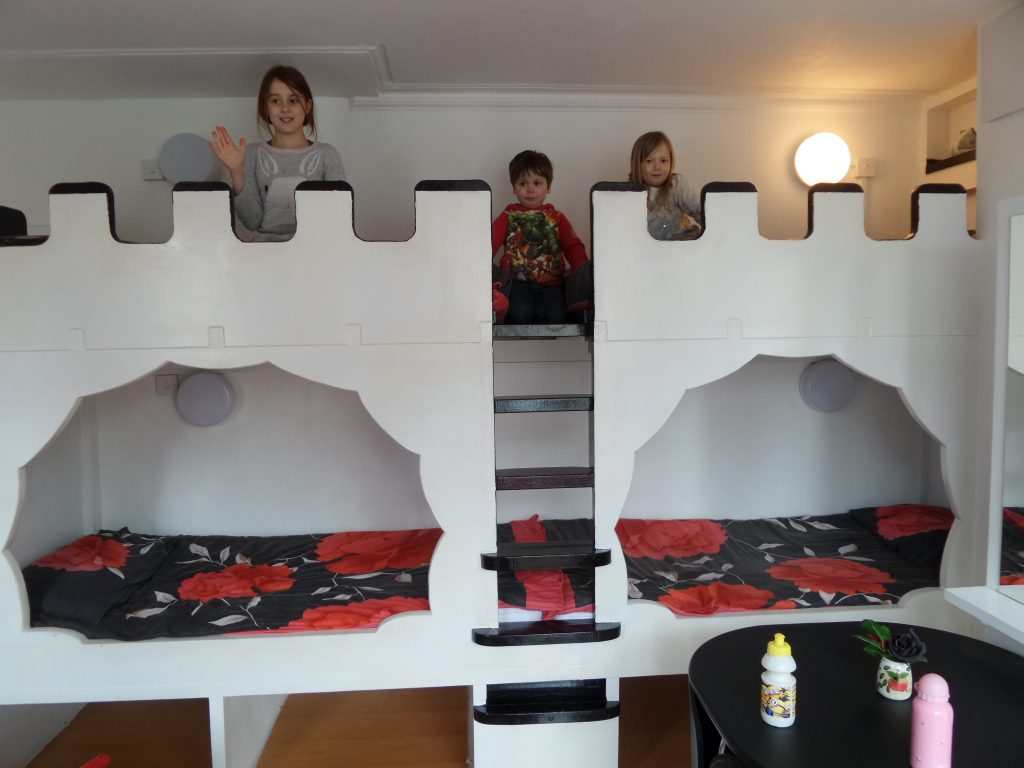 castle bunk bed at Galway Guest House