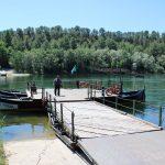 Miravet platform ferry to cross the river