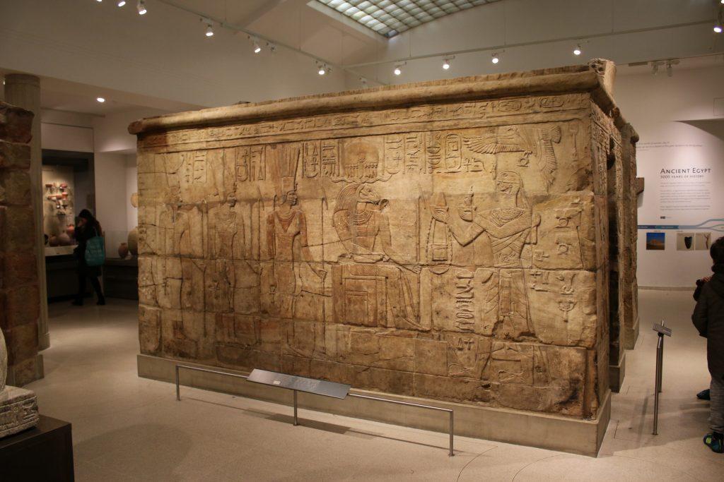 egyptian burial chamber wall