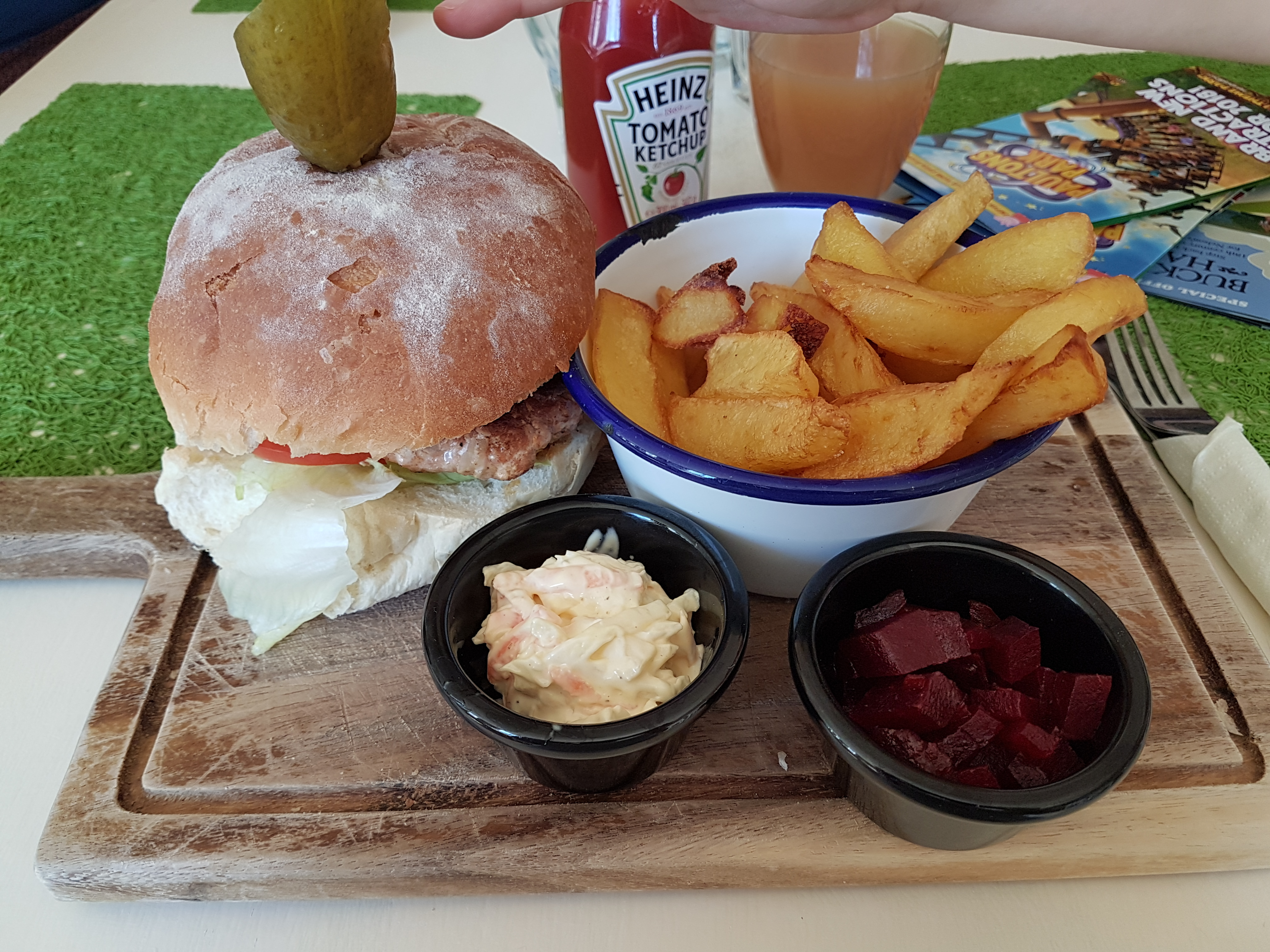 burger and chips special at the Cider Pantry