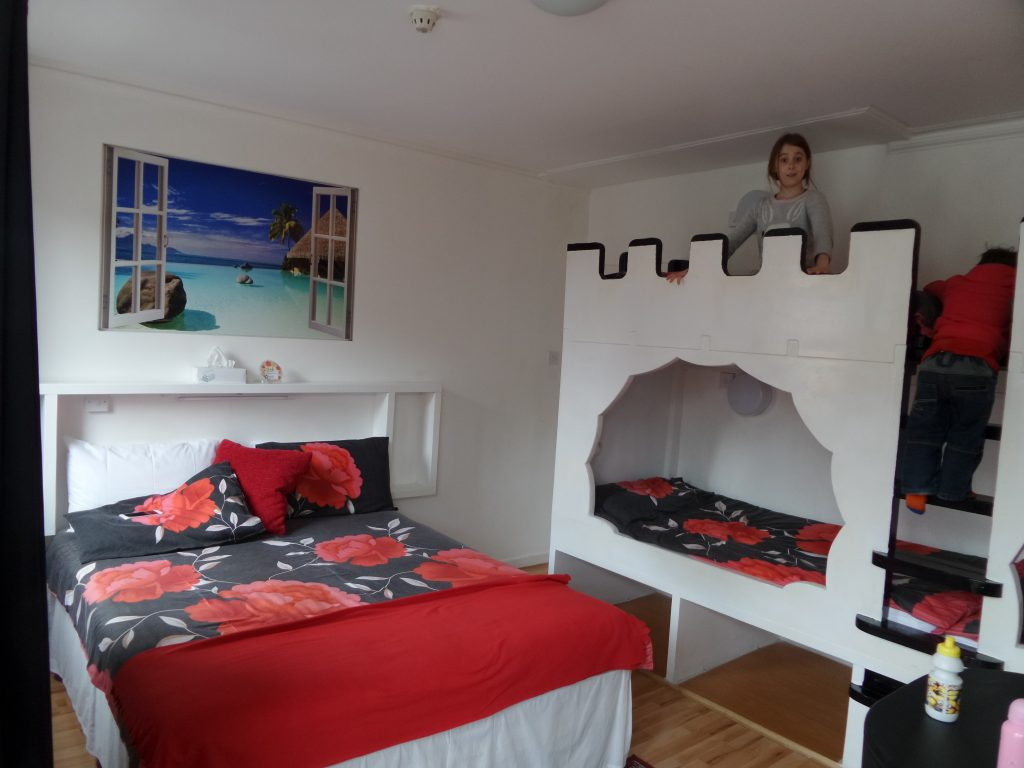 galway gust house double bed