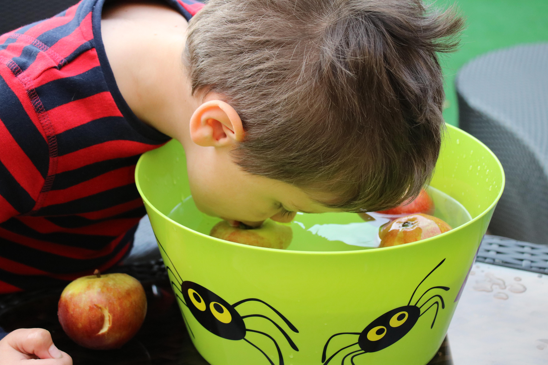 halloween apple bobbing
