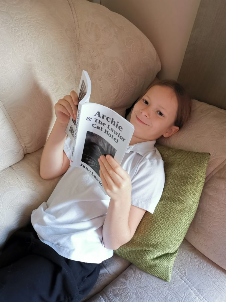 Lois reading book
