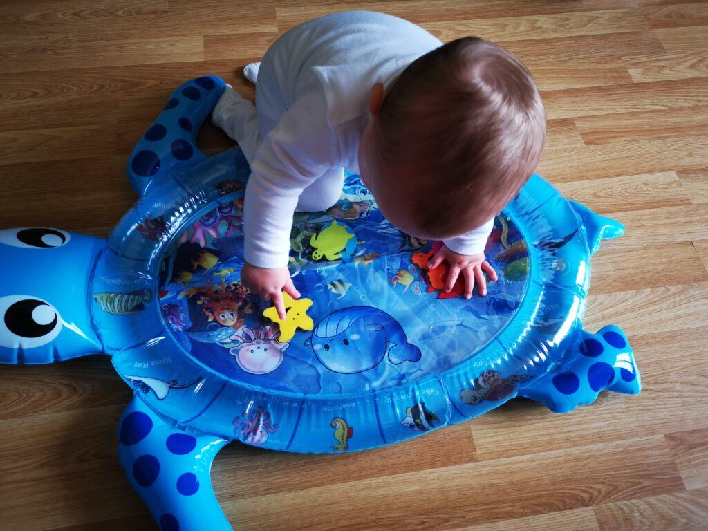 Water sensory play mat